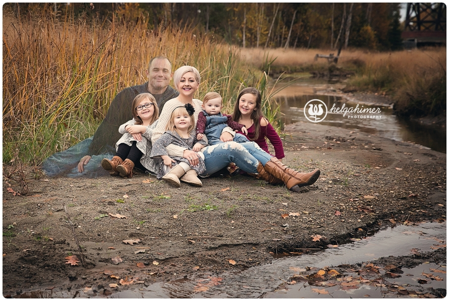 family fall photo session with ghost dad